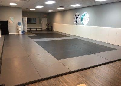 Crest facilities mat area